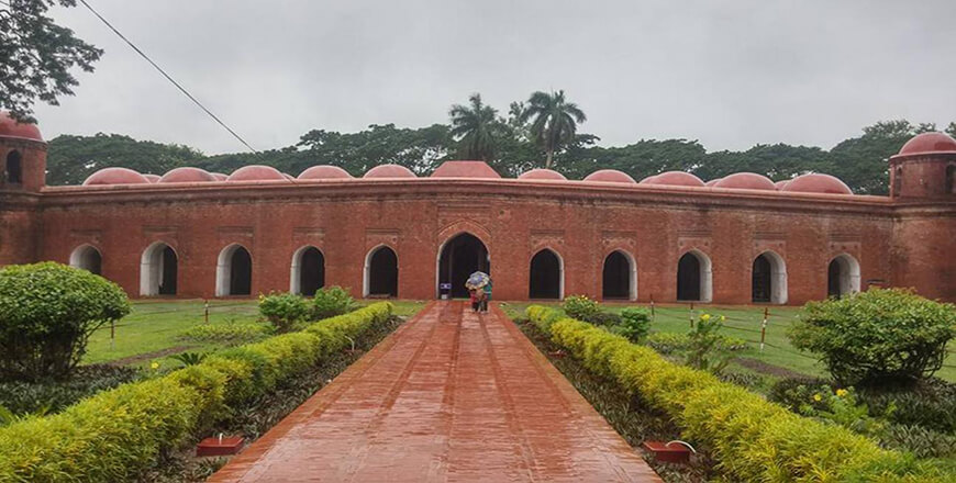 Shat Gombuj Mosque is a famous Muslim heritage in Bagerhat